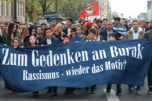 Am zweiten Jahrestag der Ermordung von Burak Bektas 2012 demonstrierten ca. 300 Menschen in Berlin Neukoelln. (c) Chr. Ditsch/version-foto.de