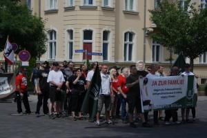 """Karl-Heinz Statzberger und Matthias Fischer beim """"Tag der deutschen Zukunft"""" am 6. Juni 2015 in Neuruppin. (c) Kilian Behrens"""