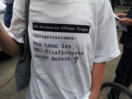 Viele offene Fragen. Kundgebung in Berlin anlässlich des Beginns des NSU-Prozesses 2013. Foto: apabiz